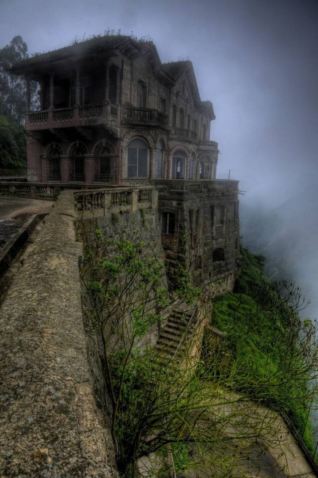 Magical Abandoned Places That Give Us Goosebumps