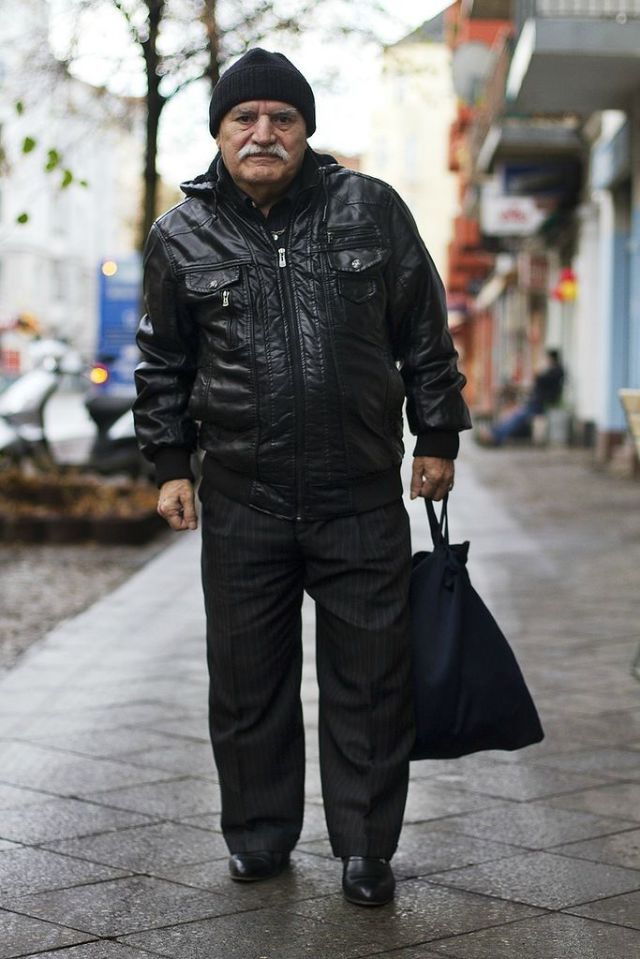 An Old Man Who Always Wears the Hippest Outfits!
