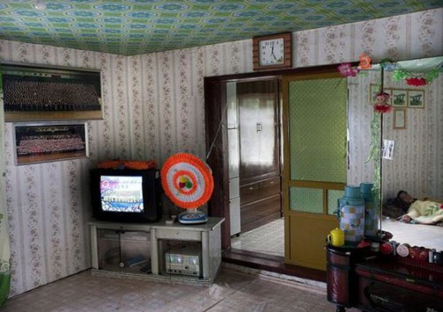 Inside Some Luxurious North Korean Homes