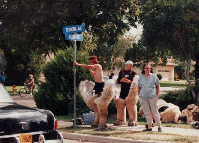 """The Making of the Beast from """"The Sandlot"""" (3 pics"""