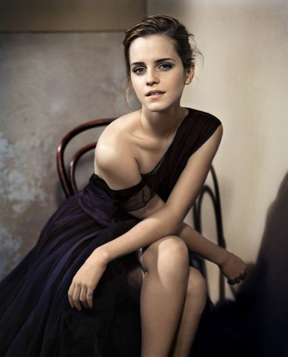 Emma Watson Grew Up To Become One Smoking Hot Babe 40 -9727