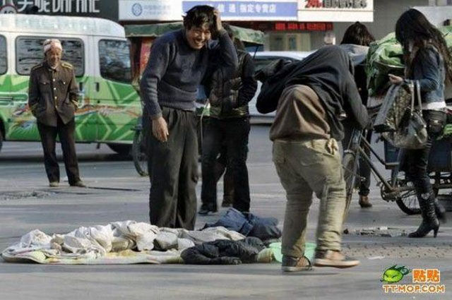 Cunning and Ruthless Chinese Beggars