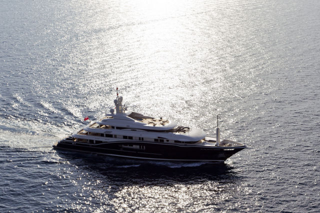 A Magnificent Luxury Yacht Which Is Worth a Look