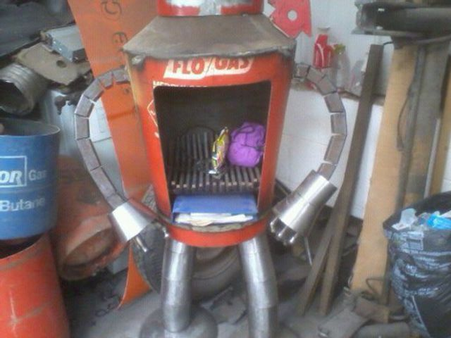 DIY Futurama Inspired Bender Wood Stove