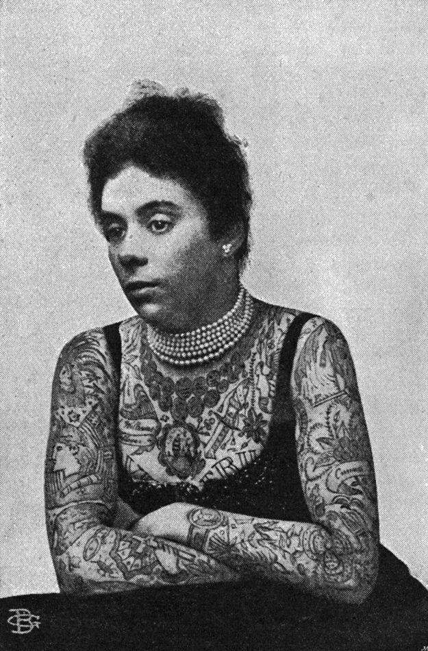 Old-School Photos of Women Rocking Tattoos
