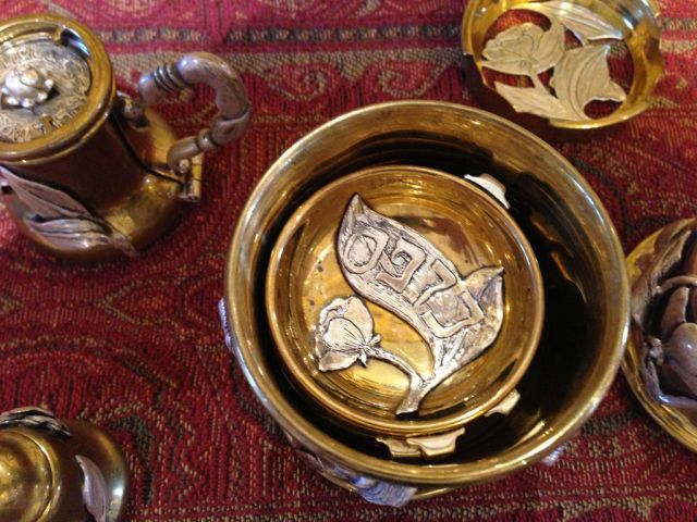 This Ornate Teapot Holds Fascinating Hidden Treasures