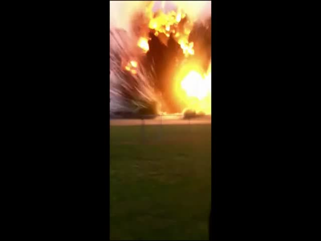 Raw Footage of the Waco Texas Explosion