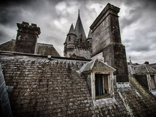 A Hauntingly Beautiful Abandoned Castle in Belgium