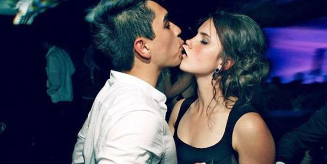 Major Kissing Fails
