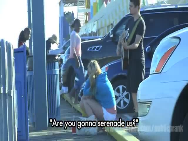 Hilarious Public 'Serenading' Prank
