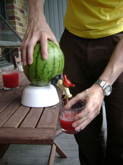 A Great Idea for Parties: DIY Watermelon Keg