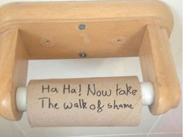 Amusing and Slightly Mean Roommate Trolls