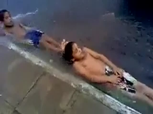 Meanwhile, in Brazil… Urban Water Slide