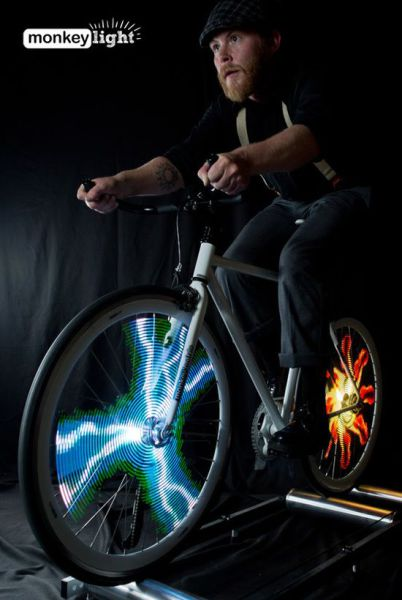 Cool Customisable Bicycle Wheels That Light Up