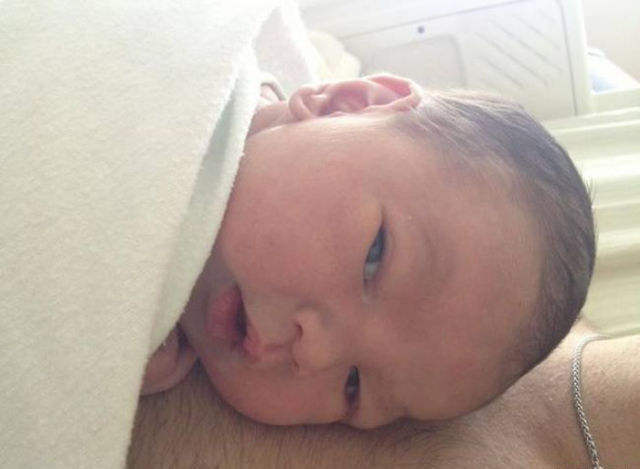 The Guy with No Arms and Legs Welcomes Baby Boy