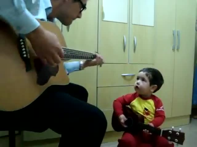 2-Year-Old Boy Singing The Beatles with His Dad
