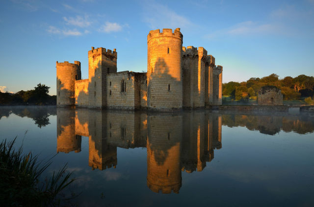 Magnificent Real-Life Castles That Look like They Were Built in Fairy-tales!