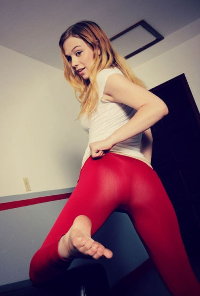 Yoga Pants Are a Real Turn-On