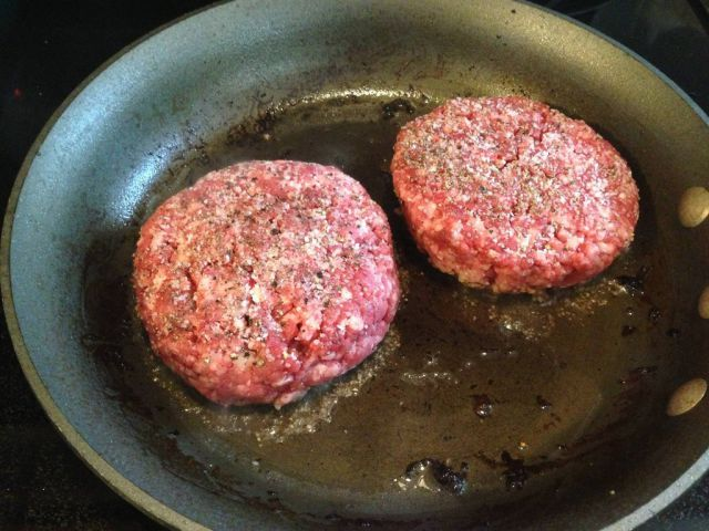 A Guide to Making the Best Home-Made Hamburger in the World!