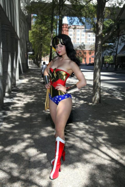 Cosplay Makes Hot Girls Even Hotter