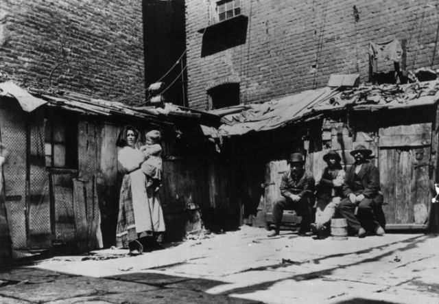 Old Photos Capture Life in a 19th Century New York City