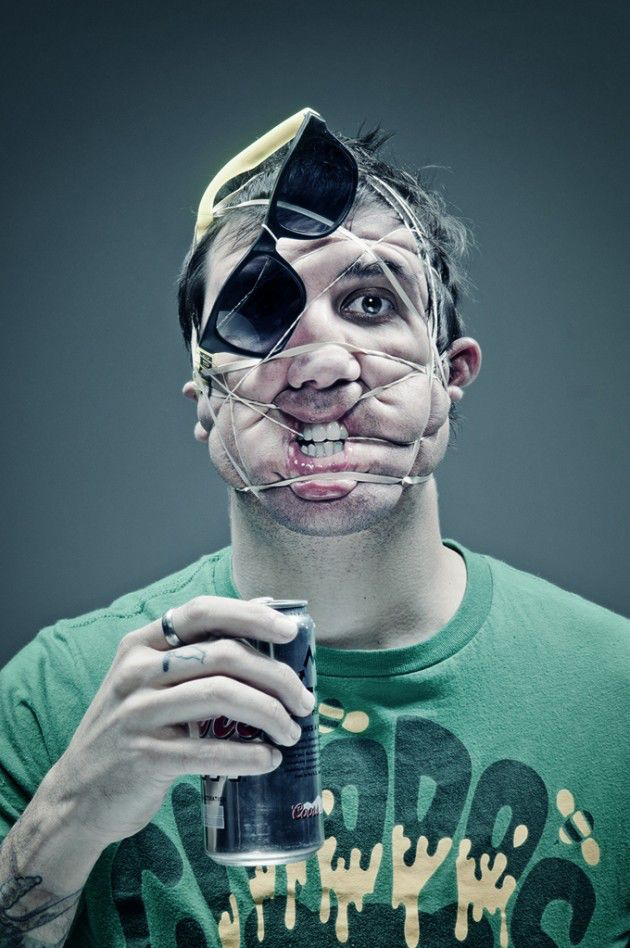 Bizarre Photo Project with Rubber Bands
