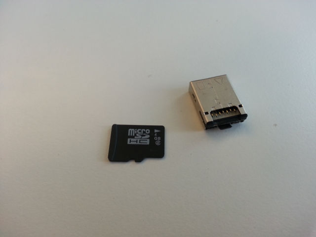 Chinese Tiny USB With a Secret