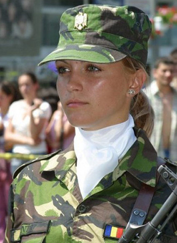 Which Country Has the Most Beautiful Female Army Soldiers