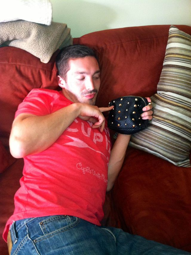 This Guy Has Some Fun with His New Girlfriend's Purse