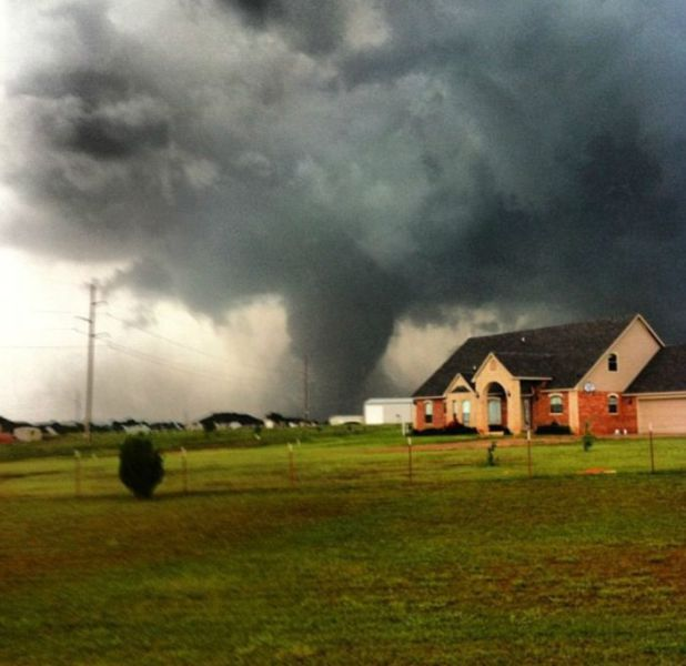 The Most Spectacular Tornado Photos from 2013
