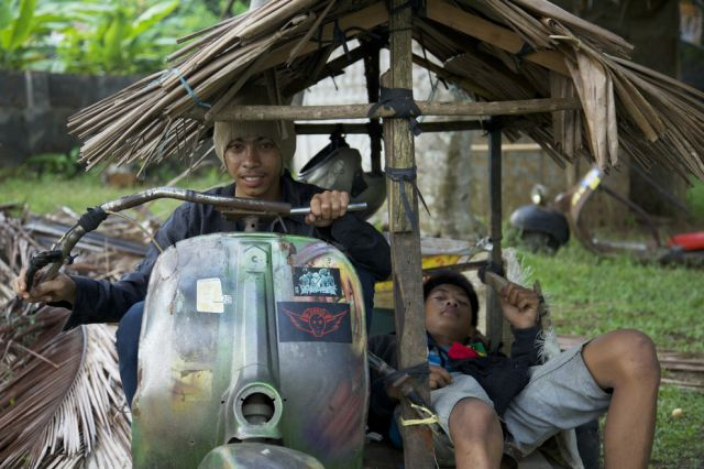 Indonesians Ride the Oddest Motorbikes Ever