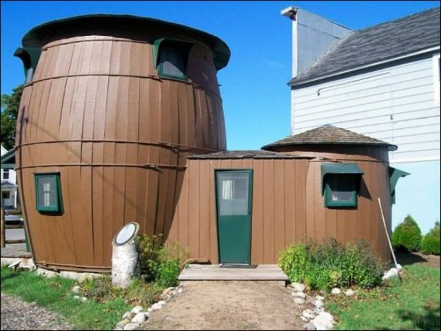 A Selection of Unconventional Houses from around the World