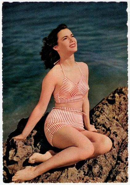 Old-School Swimwear from the '40s and '50s