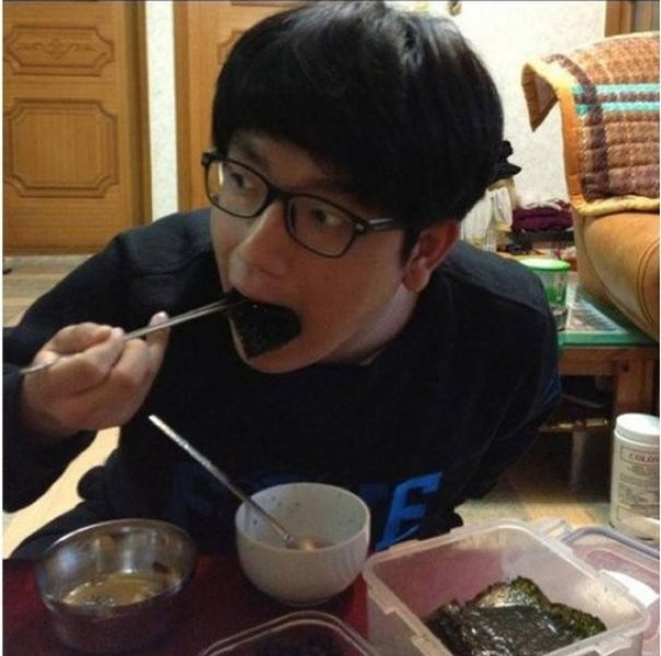 A Hilarious Collection of Korean Photoshop Trolls