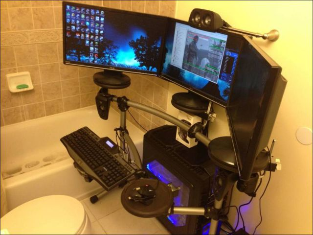Gaming Rooms That Are Beyond Awesome 24 Pics Picture