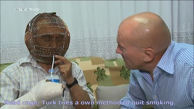 Head cage: Turk tries a own method to quit smoking