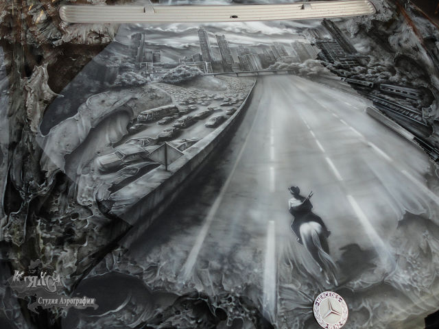 "This Incredible ""The Walking Dead"" Car Mural Is One-of-a-kind"