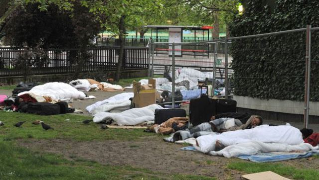 Romanian Gypsies Turn UK Streets into a Filthy Mess