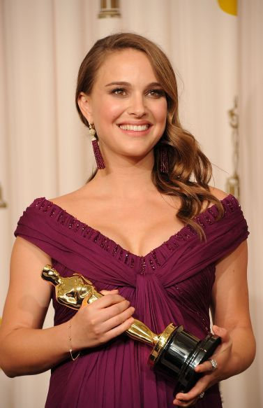 "Forbes List Rounds up the ""Highest Paid"" Actresses for 2013"