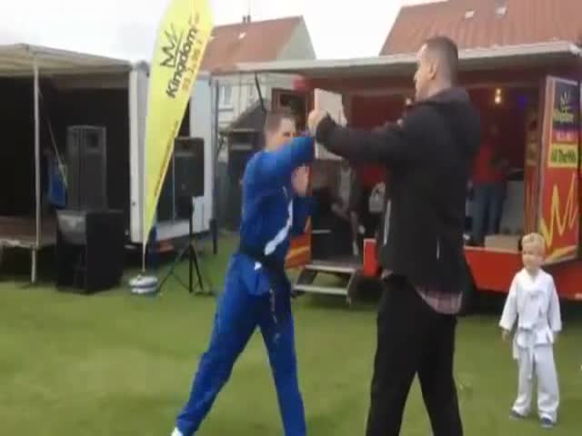 Worst Martial Arts Demo Ever