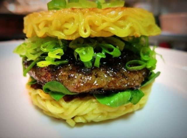 "A Delicious Clash of Tastes in the New ""Ramen Burger"""