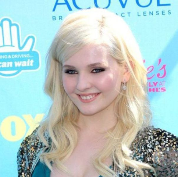 Abigail Breslin Is Not a Little Girl Anymore