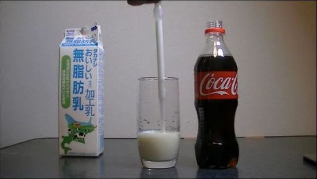 This Is What Happens When You Add Milk to Cola…