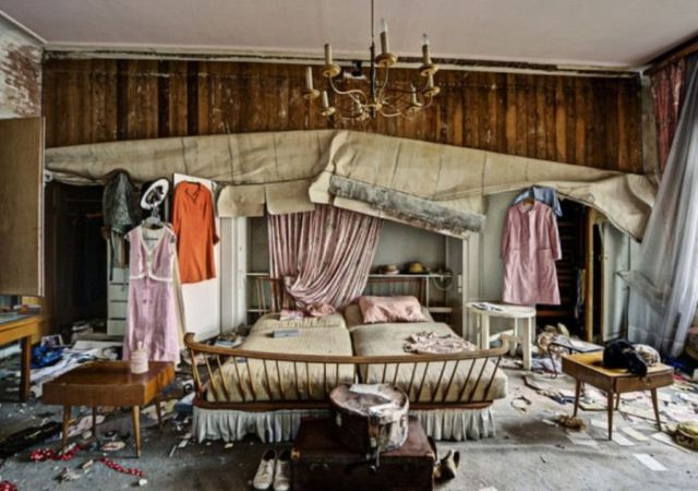 Eerie Abandoned Mansion That Belonged to a German Doctor