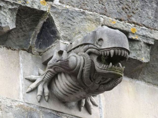 Scottish Abbey Aliens