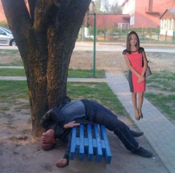 Girl Gets Owned by Photoshop Trolls