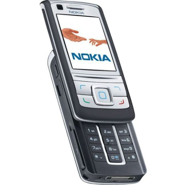 A 30 Year History of Nokia Phones (49 pics)