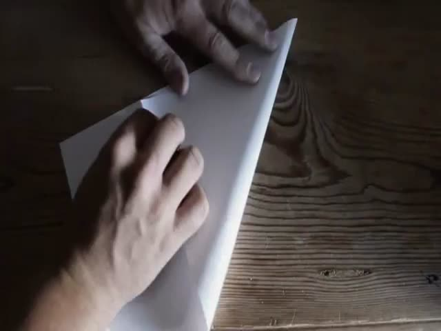How to Make a Paper Airplane Fly Endlessly