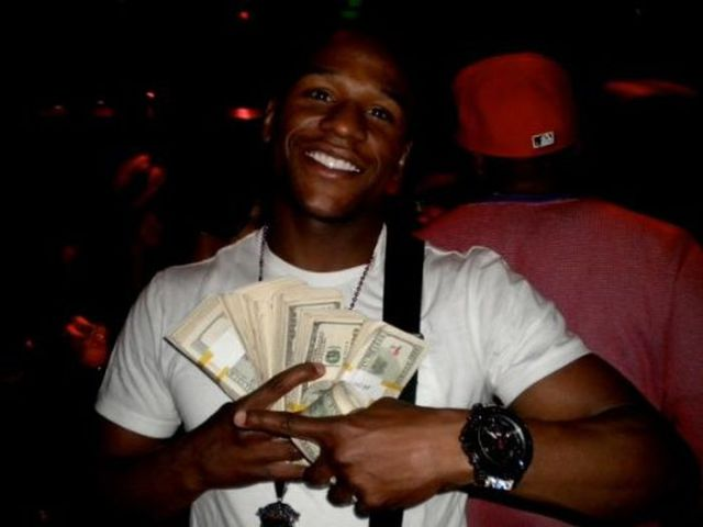 "A Glimpse Inside the Privileged Life of Floyd ""Monet"" Mayweather"