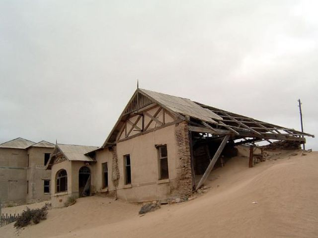 A Selection of Eerie Real-Life Ghost Towns Worldwide